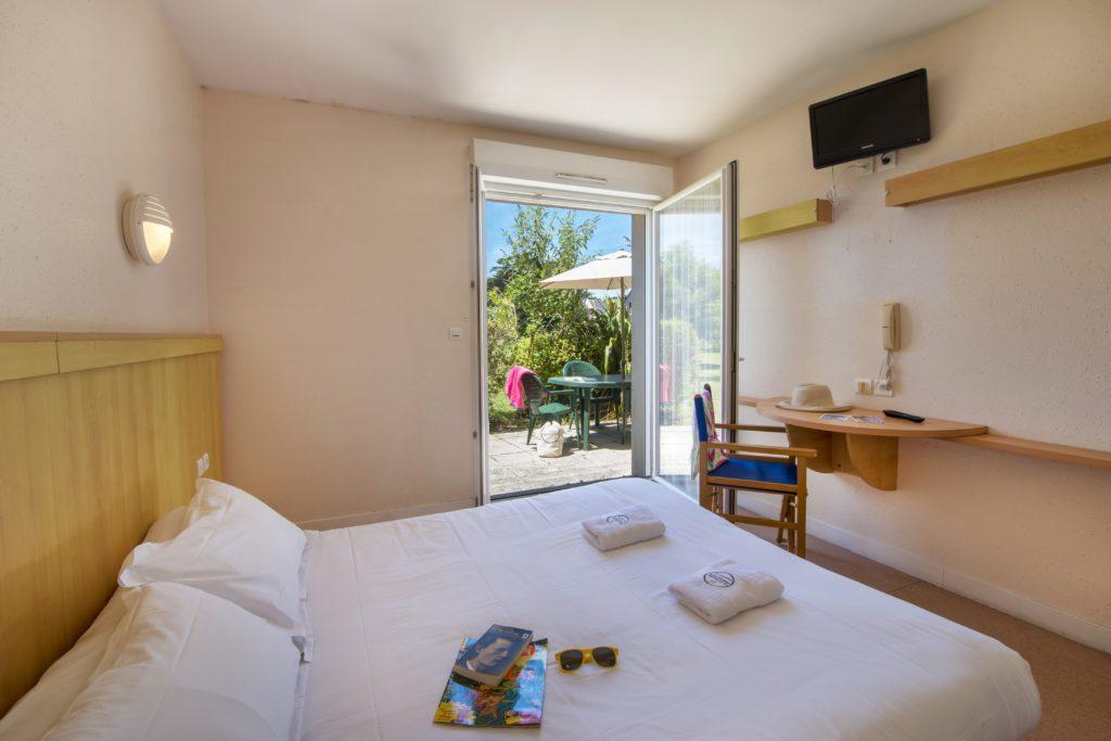 Détente assurée au Gîte Le Petit Bois qui vous propose un séjour/cuisine, chambre en lit double et simple sur une superficie de 55 m2